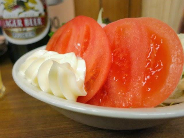 ポテトサラダについてくるトマトスライス