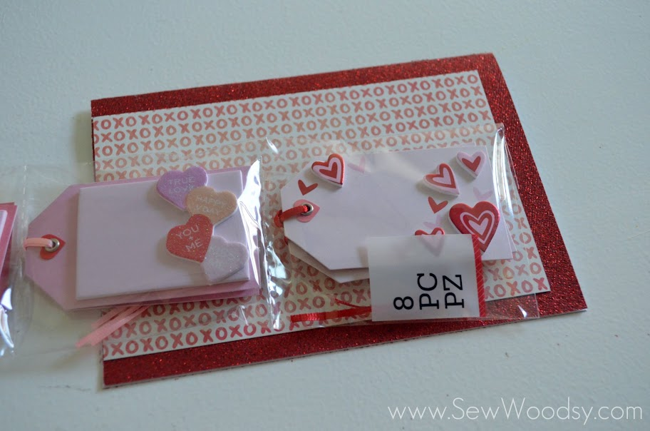12 Months of Martha -- Valentine's Day Card via @SewWoodsy #12MonthsOfMartha #MarthaStewartCrafts #CardMaking