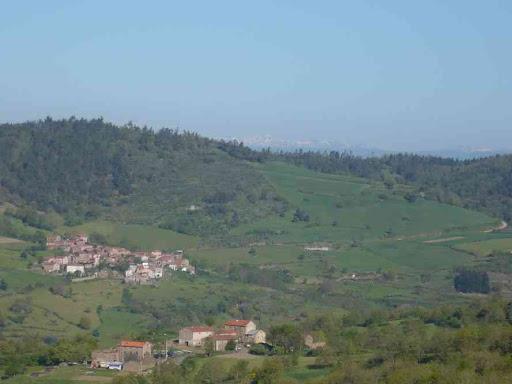 La chaîne des Puys vue depuis Dintillat (départ de la rando)