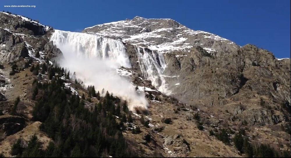 Avalanche Ecrins, secteur Aiguille de Lanchâtra, Combe de Moulin David - Avalanche n°116 de la CLPA de St Christophe en Oisans - Photo 1