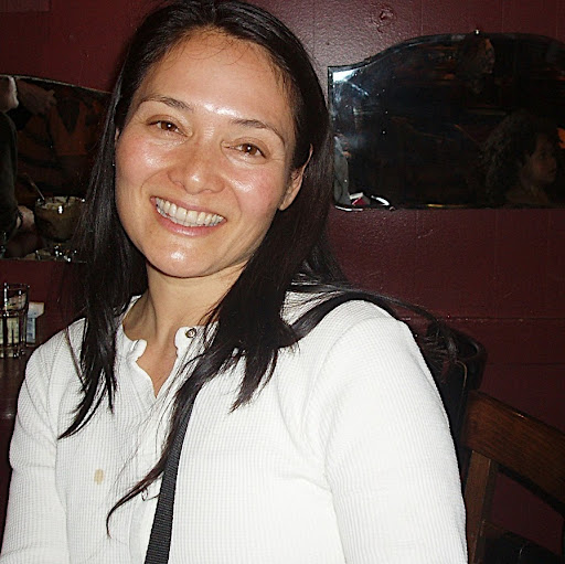 Naomi True Photo 10