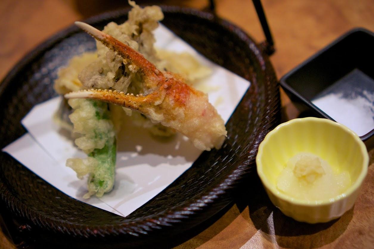 揚げ物:ズワイ蟹爪と野菜の天麩羅