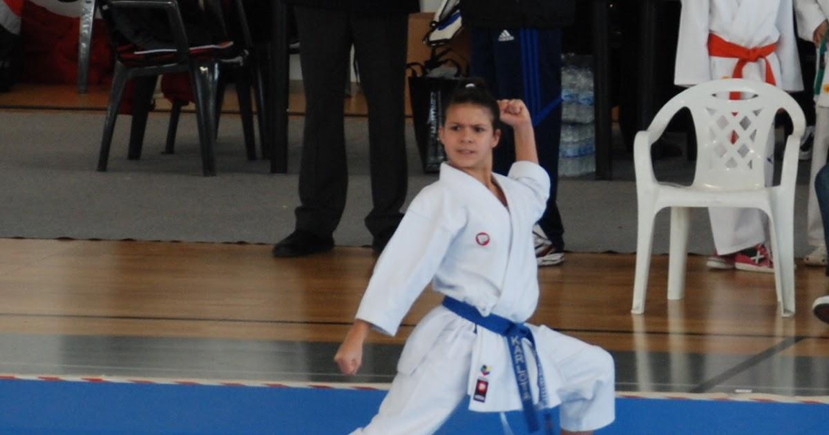 Karate shito ryu asturias karlota su rez karateca for Gimnasio zaragoza