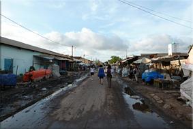 Barrio del puerto fluvial - Kaolack