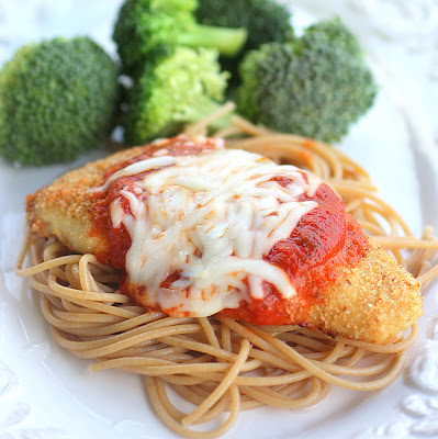This Skinny Chicken Parmesan is a great weeknight meal that the whole family will love.