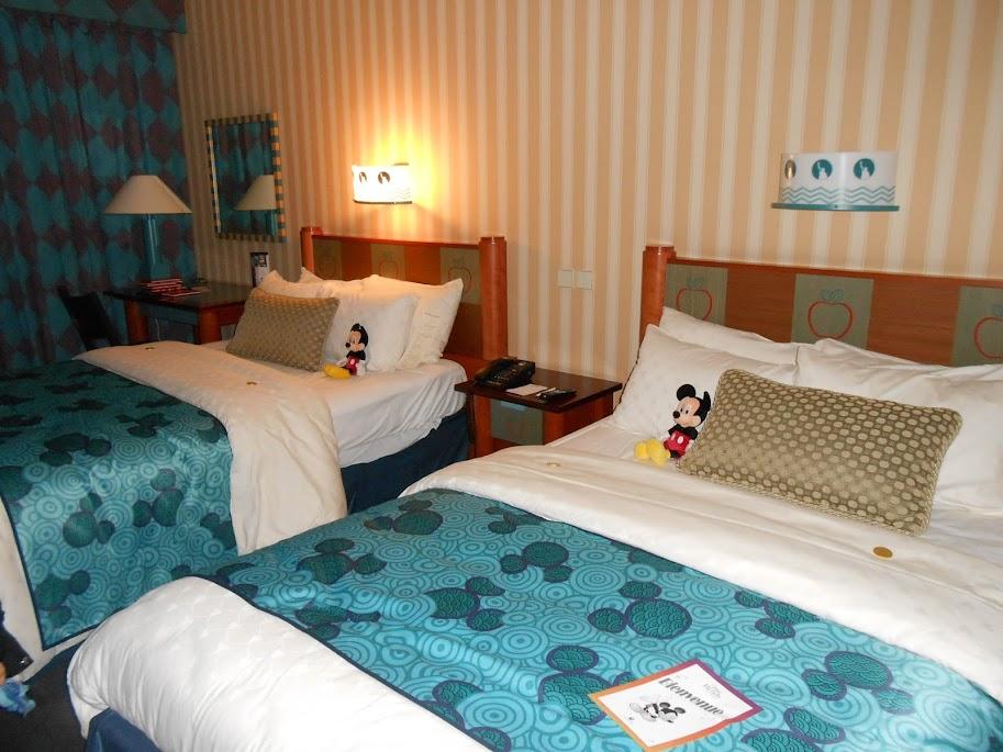 h tel disney disney 39 s hotel new york page 25. Black Bedroom Furniture Sets. Home Design Ideas