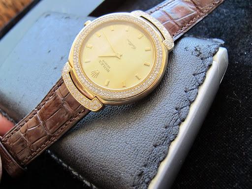 Bán đồng hồ rolex cellini – model 6623 – vỏ vàng 18k hạt xoàn – máy Pin – Size 37mm