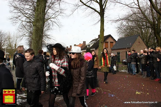 carnavalsfeest op school 08-02-2013 (49).JPG