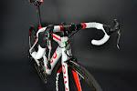 Divo ST Campagnolo Super Record EPS Corima 47 MCC Complete Bike at twohubs.com