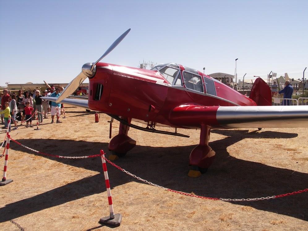 """Exhibición aerea de la Fundación """"Infante de Orleans"""". PICT0393"""