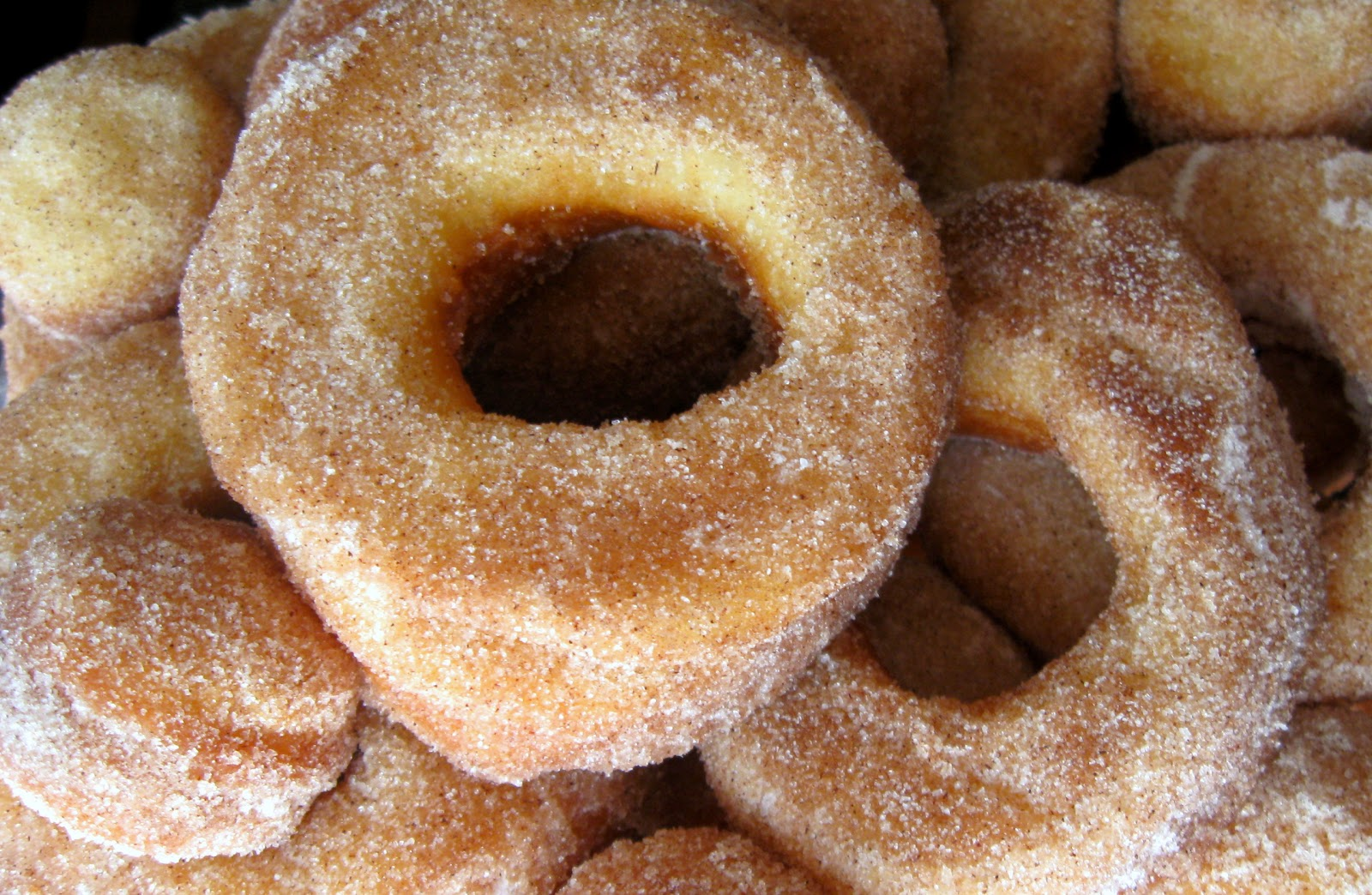 Old Fashioned Yeast Doughnuts ~ Sugar Pies