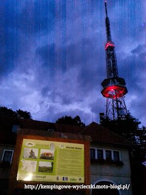 na szczycie Ślęży wieża RTV