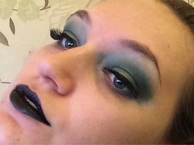 Green Witch Halloween Makeup Tutorial