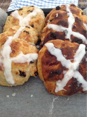 Hot Cross Buns recipe - 11
