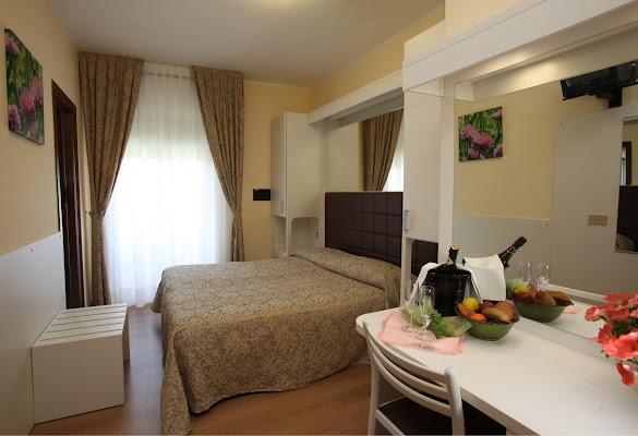 Park Hotel Peru, Via Altinate, 63, 30016 Лідо-ді-Єзоло Venice, Italy