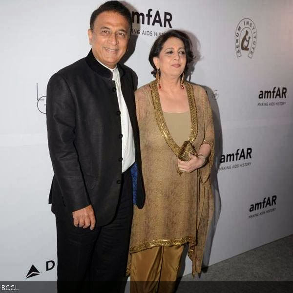 Sunil Gavaskar with beautiful, Wife Marshneil Gavaskar