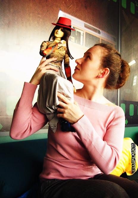 Mes un musu lelles / Мы и наши куклы - Page 2 IMG_8778