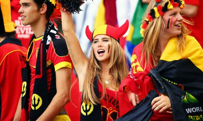 30 Photos Of Hot Female Fans World Cup 2014-2938