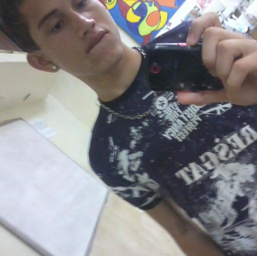 Thiago Batista Photo 23
