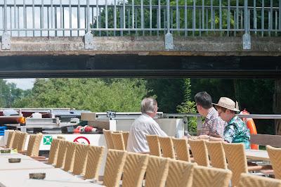 Unter den Brücken heißt es aufpassen ...