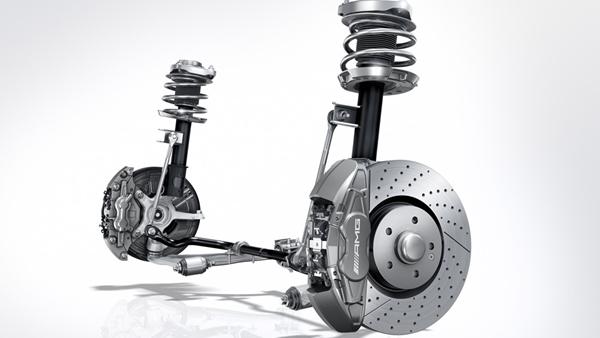 Hiện nay có 3 loại phổ biến nhất là hệ thống treo phụ thuộc, hệ thống treo độc lập và hệ thống treo bán độc lập