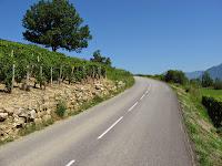 Début de la montée dans les vignes