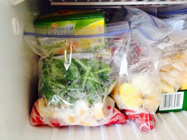 Frozen Green Smoothie in Ziplock Bag ready to go.
