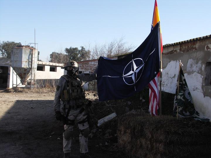 03/06/12 La última batalla -La Granja Airsoft - Partida abierta Pict0249h
