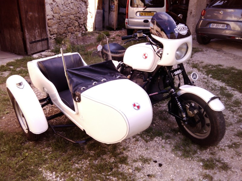 BMW R100 Side car