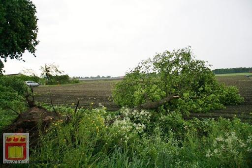 Noodweer zorgt voor ravage in Overloon 10-05-2012 (5).JPG