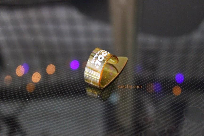 Móng Gảy - Cool Carbon Large Thumbpicks