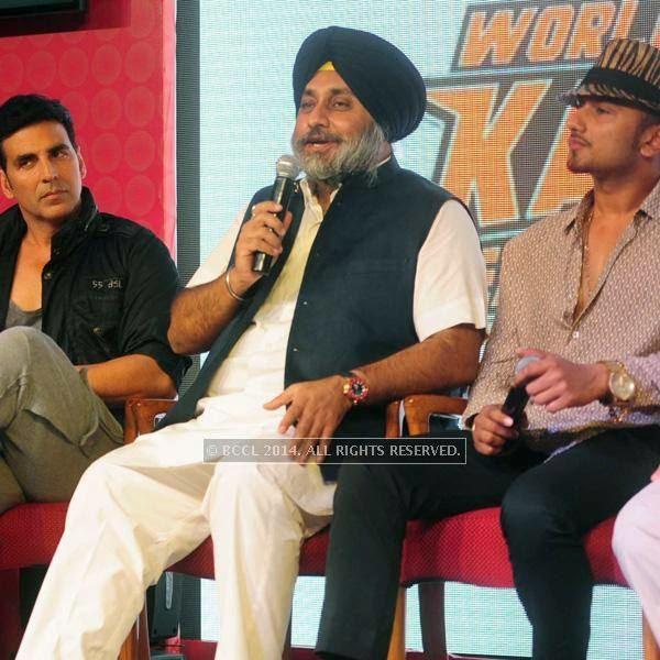 Akshay Kumar , Sukhbir Singh Badal and Yo Y0 Honey Singh during the launch of World Kabaddi League, held at Le Meridian, New Delhi, on July 24, 2014.