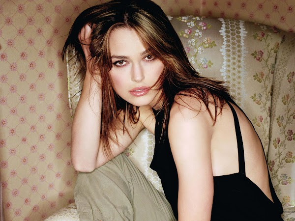 Keira Knightley Black dress:wallpaper,dress for girls,fun girls0