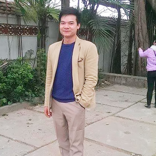 Cuong Vuong Photo 15