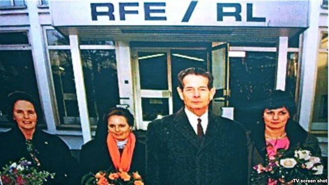 Familia Regală în vizită la Radio Europa Liberă - Regele Mihai, Regina Ana, Principesa Margareta