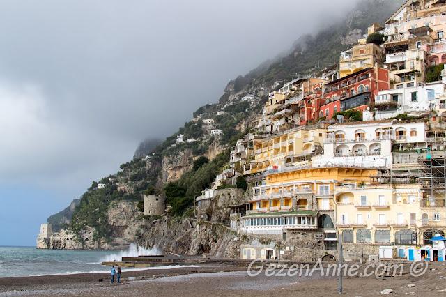 sahilden Positano manzarası