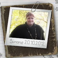 Simone Weichenhain contact information
