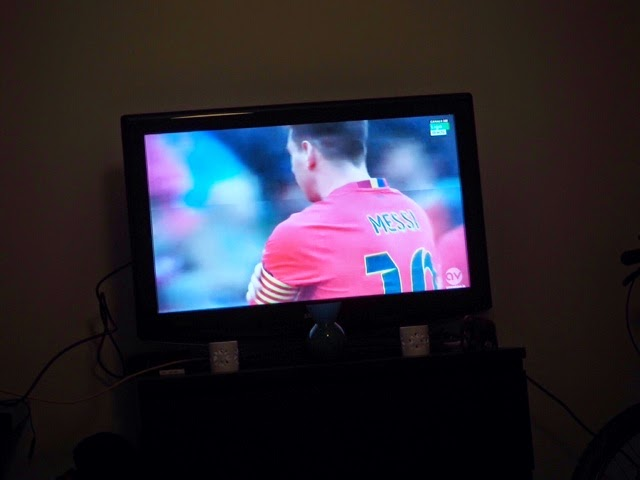 messi, futbol, football, jalis, jalkapallo, la liga, spain, barcelona, fc barcelona, lionel messi, tv, watching,
