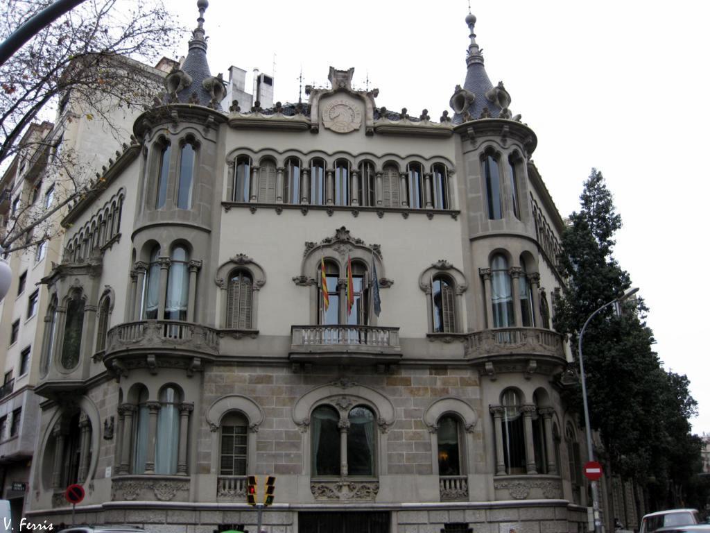 Casa p rez samanillo barcelona modernista - Casa modernista barcelona ...