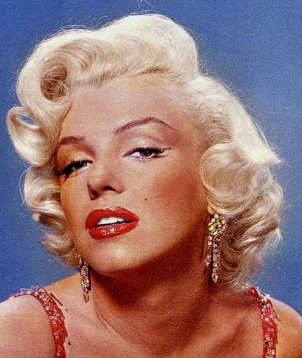 The Sultry Marilyn Monroe Eyeliner Trick - Free makeup ideas
