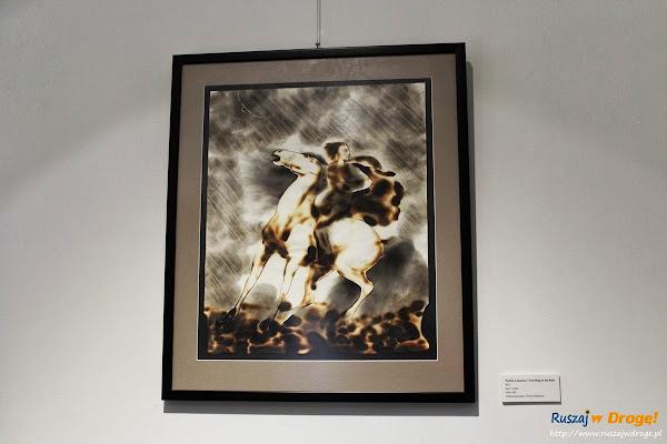 Kielce Instytut of Design - Wystawa Lubomira Tomaszewskiego Obrazy Ogniem Malowane