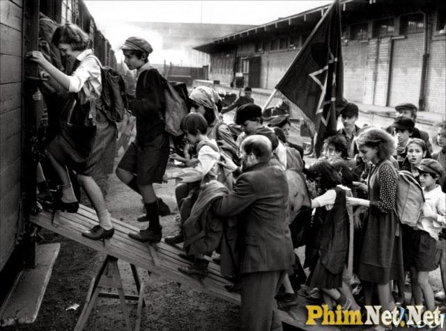 Xem Phim Korczak - Korczak - Ảnh 2