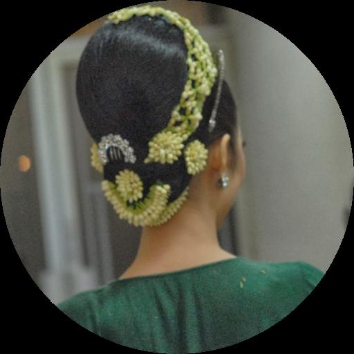 Toko Bunga Papan Qatalia Jaya Florist - Menyediakan berbagai macam  rangkaian bunga papan ucapan happy wedding 87e26795ba