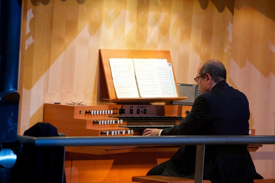 Xavier Moreno ofreció el primer recital del Festival de Organistas Venezolanos que se realizó en Caracas del 1 al 3 de agosto