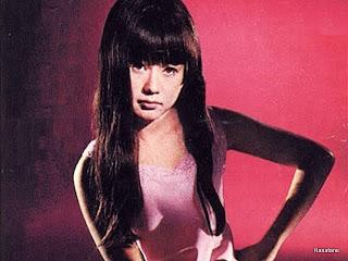 アン真理子 - Hanatane Music