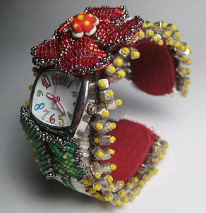 Наручные часы «Flower Power» с бисерным браслетом, автор Эрин Симонетти (Eryn Simonetti)