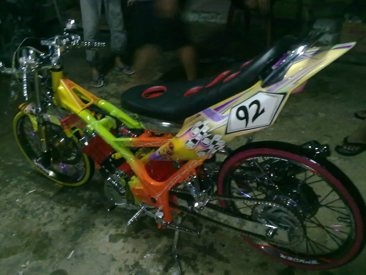Motor Drag Race- Balap Drag Liar: 03/01/2011 - 04/01/2011