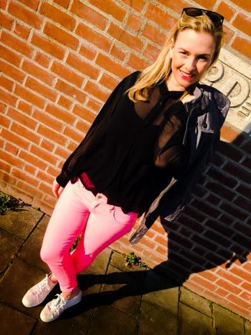 alina-knips-pink-pants