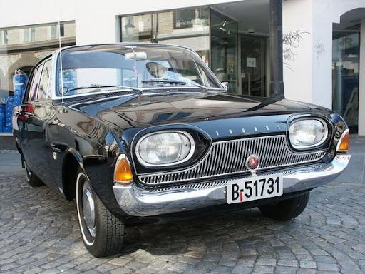 800px-2006_04_29_Veteranbiler037.jpg
