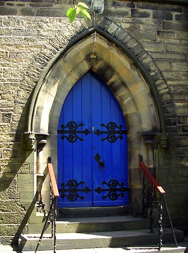 Life In Faversham England Gorgeous Gothic Doors